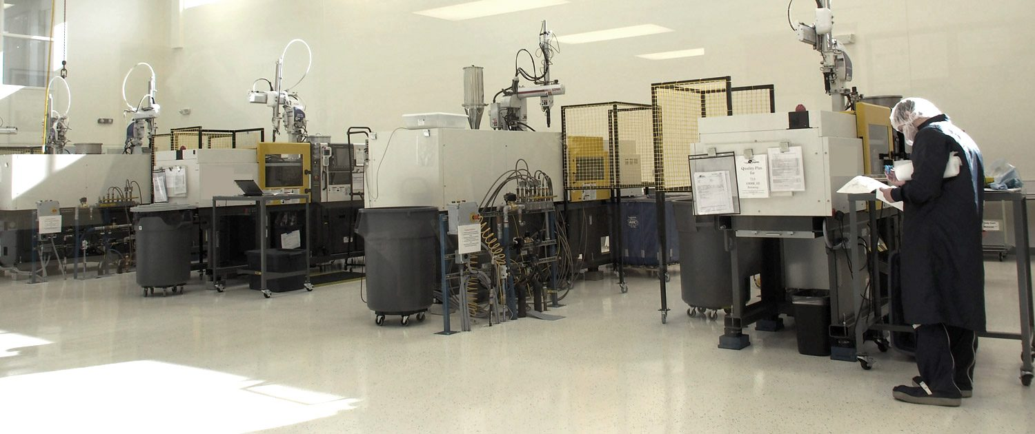 Clean-Room-Injection-Molding